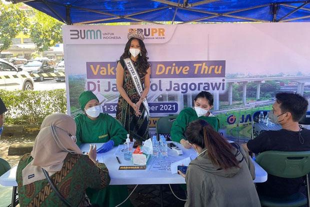 Bersinergi, TNI dan Jasa Marga Gelar Vaksin Drive Thru di Jagorawi