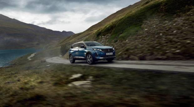 Waktu yang Tepat Duo SUV Peugeot Berganti Penampilan