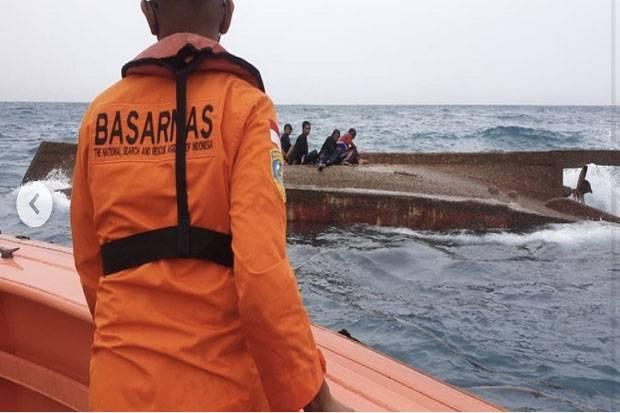 Kapal Nelayan Terbalik di Kepulauan Seribu, Satu Penumpang Tewas