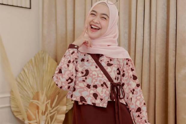 Ria Ricis Dilamar Akhir September, Oki Setiana Dewi Bocorkan Detail Persiapannya