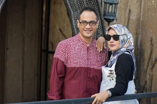 Elma Theana Ungkap Kedekatan dengan Ferry Irawan di Tengah Proses Cerai, Ini Kata Pengacara