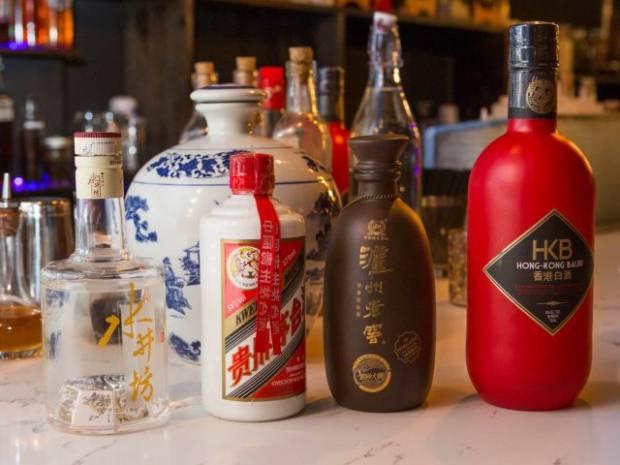 Lebih dari 150 Ton Vodka China Tumpah Akibat Gempa Sichuan