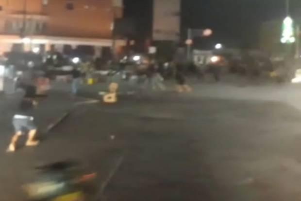 Beredar Video Bentrok Ormas dengan Warga di Pasar Cikarang