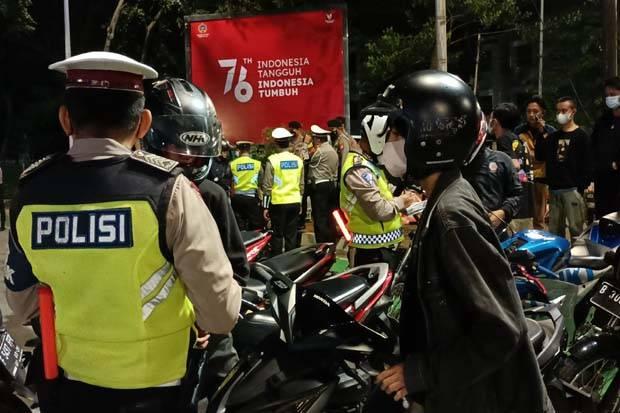 Puluhan Motor Berknalpot Bising Terjaring Razia di Bundaran Senayan