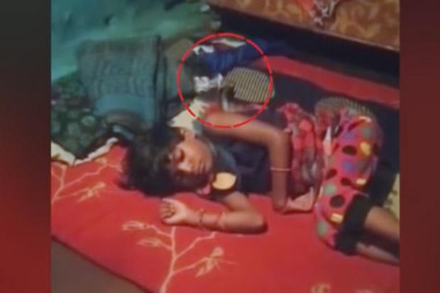 Viral, Gadis 6 Tahun Masih Hidup Meski Dipatuk dan Leher Dililit Kobra Selama 2 Jam