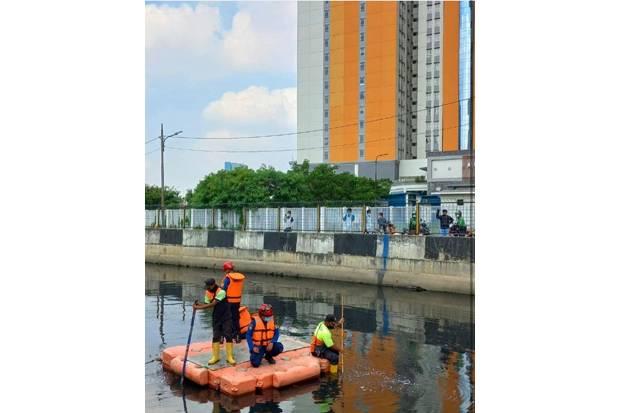 Remaja Tenggelam di Belakang Wisma Atlet, Damkar DKI Lakukan Pencarian