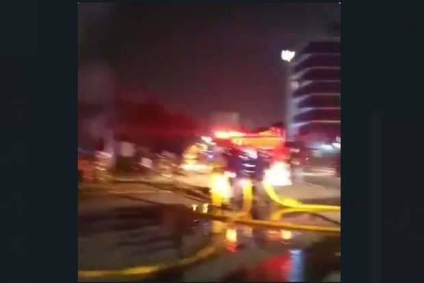 Toko Mebel di Cilandak Jakarta Selatan Terbakar