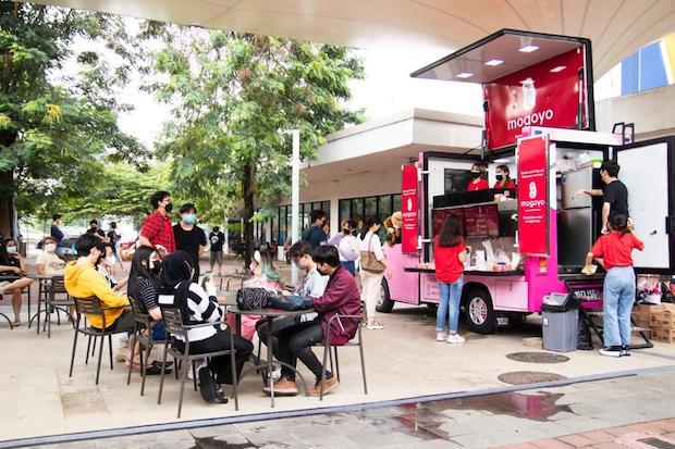 Influencer K-Pop Alphiandi Buka Mogoyo Food Truck Korean Street Food yang Otentik