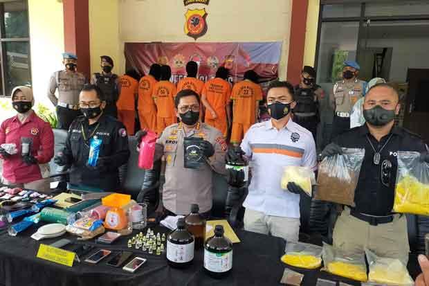 Bongkar Peredaran Tembakau dan Biang Sintetis Rp23,5 Miliar, Polisi Tangkap 11 Tersangka