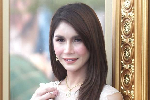 Malaysia Minta Thailand Ekstradisi Nur Sajat Transgender yang Mejeng di Masjidil Haram