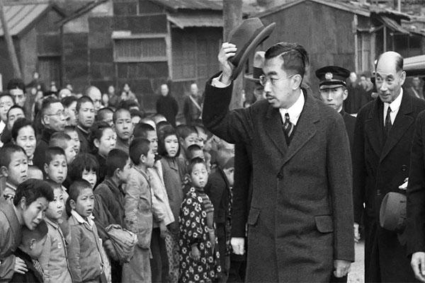 Alasan Kaisar Jepang Menyelamatkan Guru Setelah Perang Dunia 2