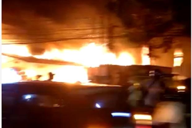 Polisi Selidiki Kebakaran Cahaya Swalayan Cilandak KKO
