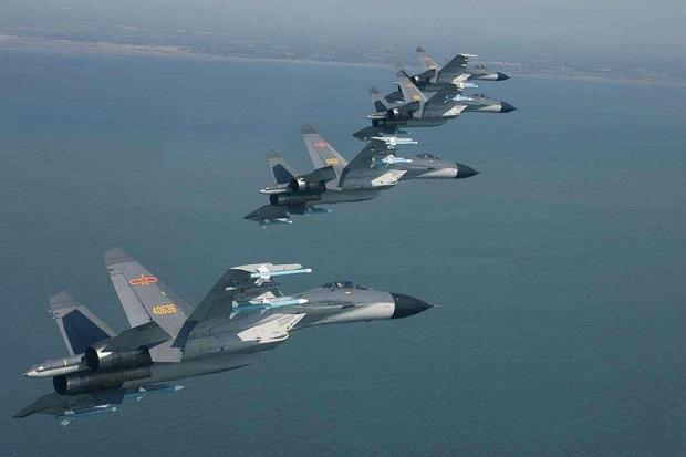 Gila-gilaan, 24 Pesawat Termasuk Bomber Nuklir China Terobos ADIZ Taiwan