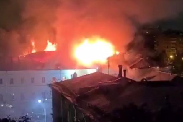 Kebakaran Hebat Hancurkan Asrama Sekolah Militer Bergengsi Rusia