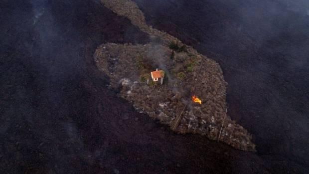 Ajaib! Saat Semua Hancur Diterjang Lahar Vulkanik, Satu Rumah di La Palma Selamat
