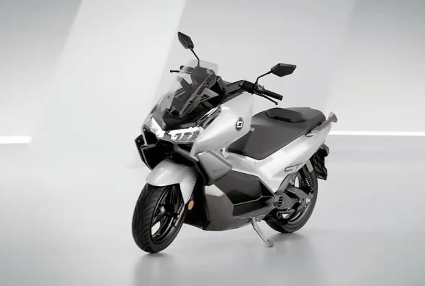 Super Soco CT3 Bakal Bikin Minder Yamaha NMax dan Honda PCX