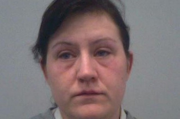 Sipir Wanita Ini Dijebloskan ke Penjara karena Berhubungan Seks dengan 3 Napi