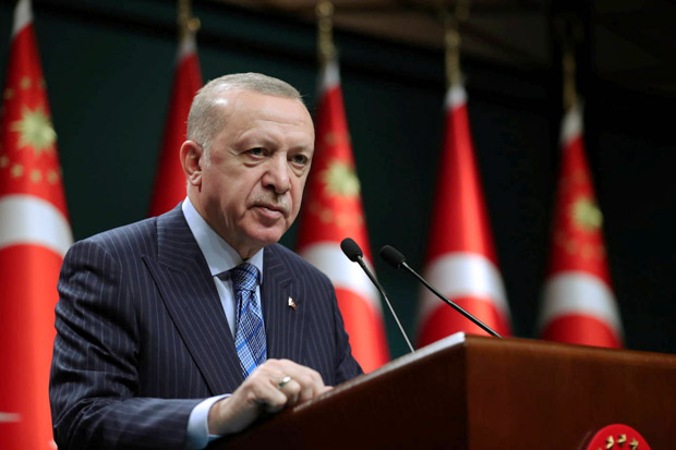 Erdogan Menantang AS, Keukeuh Lanjutkan Boyong S-400 Rusia