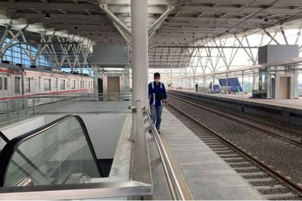 Jalur Layang Bogor Line di Stasiun Manggarai Sudah Beroperasi