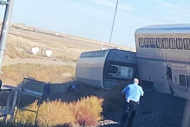 Kereta Amtrak Tergelincir di Montana, 3 Orang Tewas