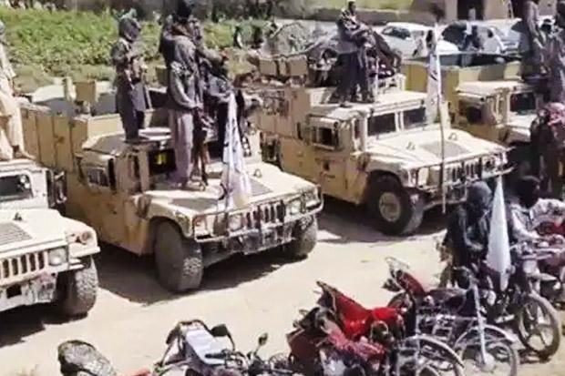 Rusia Kesal AS Tinggalkan Senjata di Afghanistan