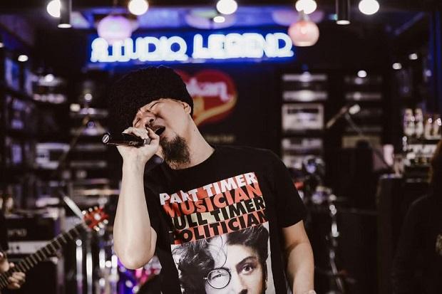 Bisnis Karaoke Mati, Ahmad Dhani: Lama-lama Bangkrut