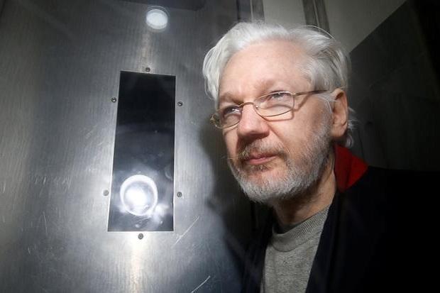 CIA Ingin Habisi Assange, Siap Tempur dengan Agen Rusia di Jalanan London