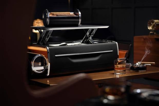 Rolls-Royce Jual Baki Whisky dan Cerutu Setara Harga 3 Honda BR-V Baru