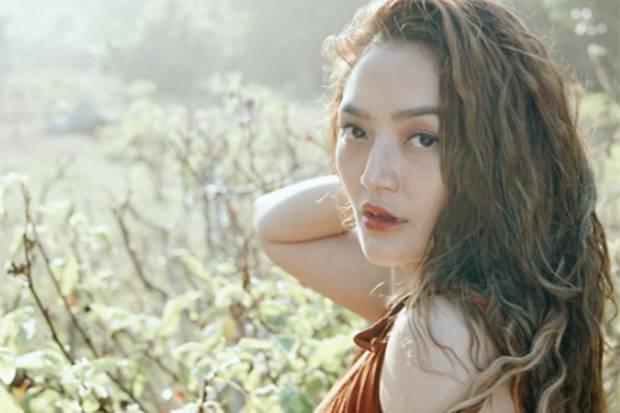 Siti Badriah Hamil Anak Pertama, Ini Pose-Pose Cantik sang Pedangdut