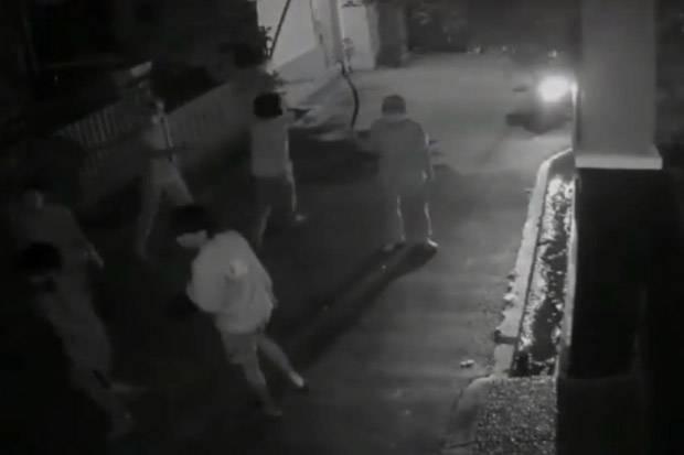 Tawuran 2 Kelompok Pemuda Pecah di Cipayung Jaktim Terekam CCTV