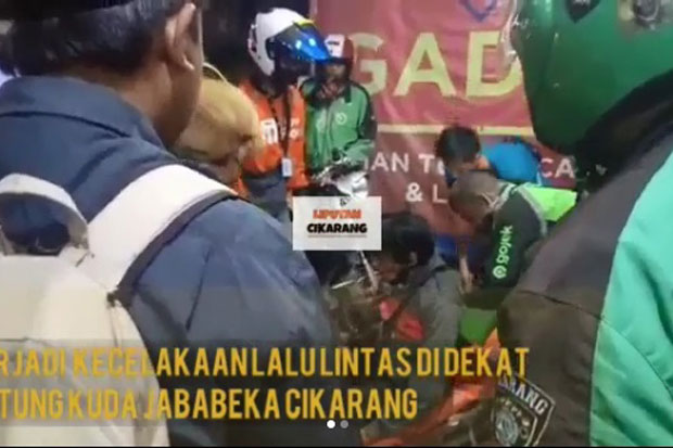 Diduga Kelelahan, Driver Ojol Terlibat Kecelakaan di Jababeka