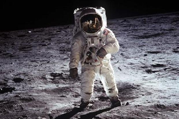 Tetangga Indonesia Ini Luncurkan Misi ke Bulan pada 2026