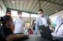 Tinjau Penyuntikan Vaksin Bersama Menkes, Ridwan Kamil: Jabar Akselerasi Vaksinasi COVID-19