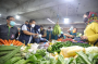 Sidak Pasar Tradisional, Yana Sebut Pasokan Sembako Aman