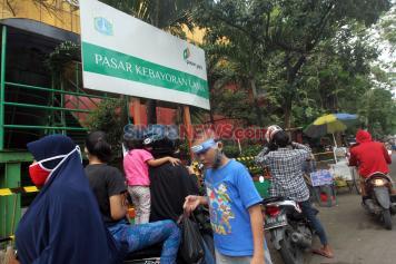 Dampak 14 Pedagang Positif Corona, Pasar Kebayoran Lama Ditutup