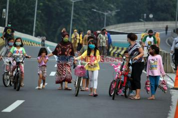 CFD Sudirman-Thamrin Ditiadakan, Warga Berolahraga di Jalan Layang Non Tol Antasari