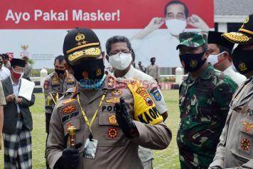 Polda Jateng Bagikan 5,7 Juta Masker Serentak di Jawa Tengah