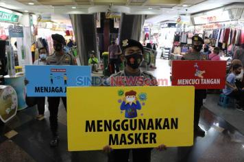 Kampanye Penegakan Protokol Kesehatan di Pasar Tanah Abang