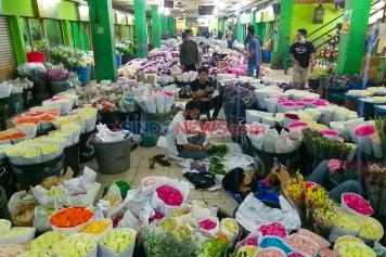 Terdampak Pandemi Corona, Pasar Kembang Rawa Belong Sepi Pengunjung
