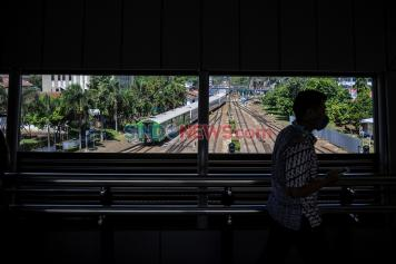 Sky Bridge Fasilitas Baru Stasiun Kereta Api Bandung