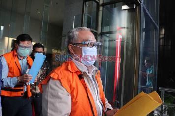 KPK Tahan Dua Tersangka Kasus Korupsi Proyek Waterfront Riau