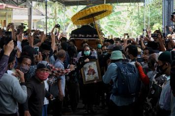 Tutup Usia, Dalang Ki Seno Nugroho Dimakamkan di Bantul Yogyakarta