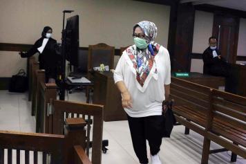 Eks Gubernur Banten Ratu Atut Chosiyah Kemukakan Bukti Baru dalam Sidang PK