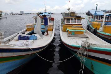 Cuaca Buruk, Nelayan di Muara Karang Tidak Melaut