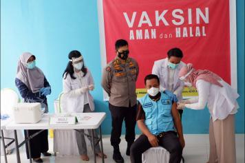 Hari Ini Kick-Off Vaksinasi Covid-19 Perdana di Sulsel