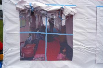 Permudah Distribusi Bantuan, Kemensos Pusatkan Pengungsian Korban Gempa Majene di Stadion Manakarra Mamuju