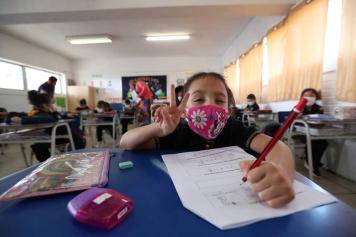 Chili Kembali Buka Kelas Tatap Muka di Sekolah Setelah Satu Tahun Ditutup Akibat Pandemi