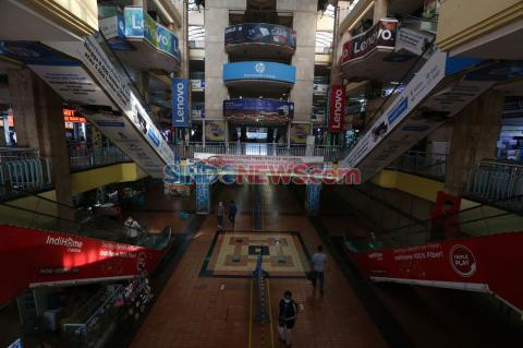Foto Pusat Perbelanjaan Elektronik Surabaya Ini