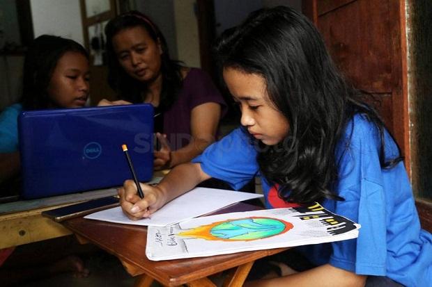 Dukung Kelancaran PJJ, 26,6 Juta Siswa dan Pendidik Terima Kuota Data Internet