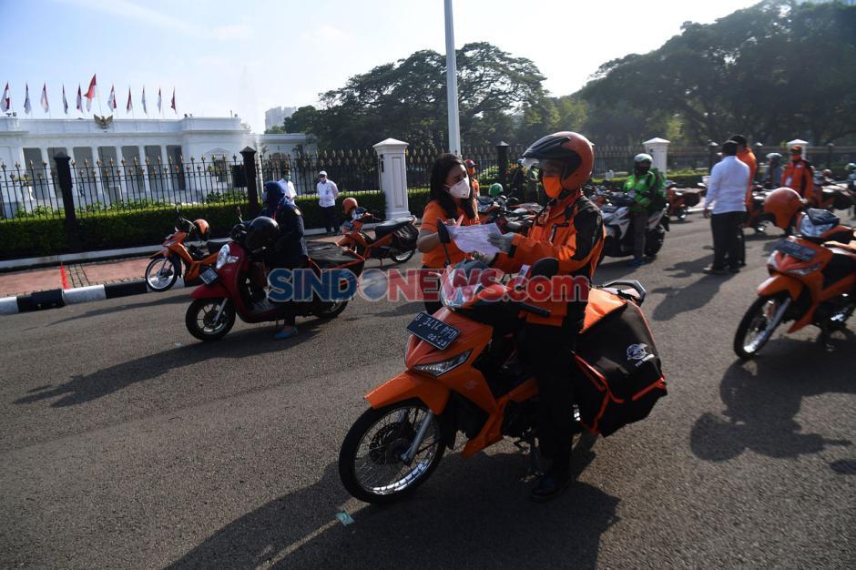 Pemerintah Mulai Distribusikan Bantuan Sosial di Wilayah DKI Jakarta-0